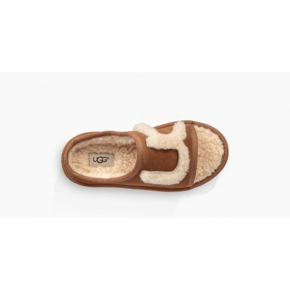 UGG Other - UGG Genuine Shearling Slide Big Kid